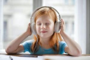 【英語講師が厳選おすすめ!】耳の敏感な子ども達に聞かせたい上質な英語の歌のCD